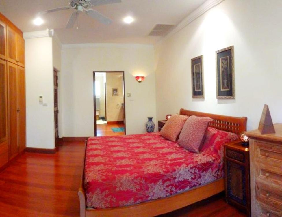 3 Bedroom Detached Townhouse (13)