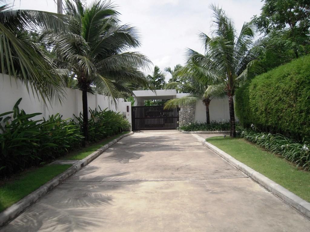 Layan - Anchan 3 Bedroom Villa (1)